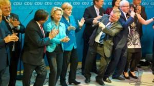 Elections législatives allemandes : l'issue pour les travailleurs viendra d'ailleurs. dans Faire Vivre et Renforcer le PCF 130922_merkel-300x169