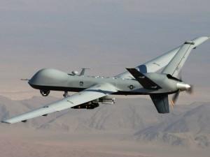Budget de la défense : 1 milliard d'euros pour des drones destinés aux guerres extérieures. Nous refusons l'Union sacrée derrière cette dépense militaire. dans Nous dénonçons 131124_drones-300x225