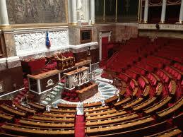 Sans surprise, l'Assemblée nationale vote largement contre les cheminots. Les élus Front de gauche émettent finalement un vote négatif dans Luttes, grèves, manifs 140624_an